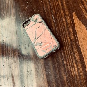 Pink Camouflage otter iPhone case.